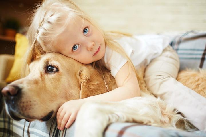 Kind und Hund | © panthermedia.net /Dmitriy Shironosov