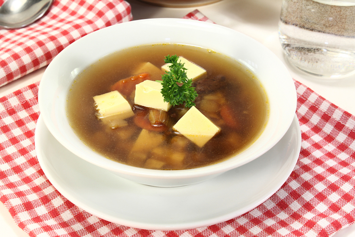 Rindersuppe Eistich | © panthermedia.net /Simone Voigt