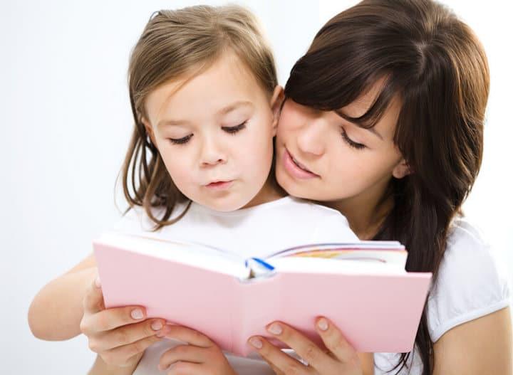 Dem Kind vorlesen   © panthermedia.net /Kobyakov